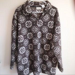 ❤️Kathy Ireland Brown Snowflake Fleece Sweater